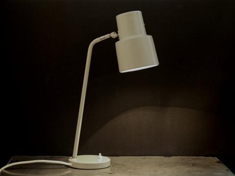 asea-skrivbordslampa-0