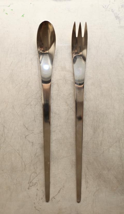 A Michelsen AJ salladsbestick Arne Jacobsen_0